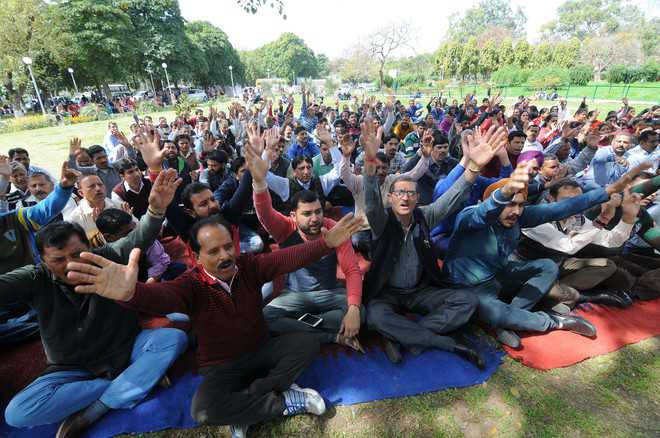 In 15 yrs, 800 recruited through 'unfair' selection: VC