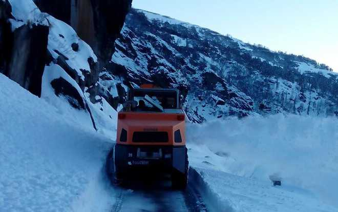 Road restoration on in Lahaul-Spiti