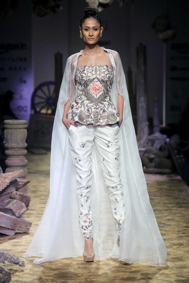 Cat Walk: Models present designs by Samant Chauhan