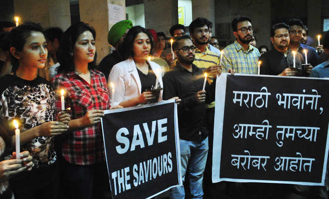 Resentment against attack on docs, assn holds candlelight march