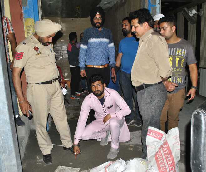 Firing leads to panic on Rly Link Road
