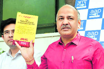 Cong, BJP question Kejriwal's move on abolishing house tax