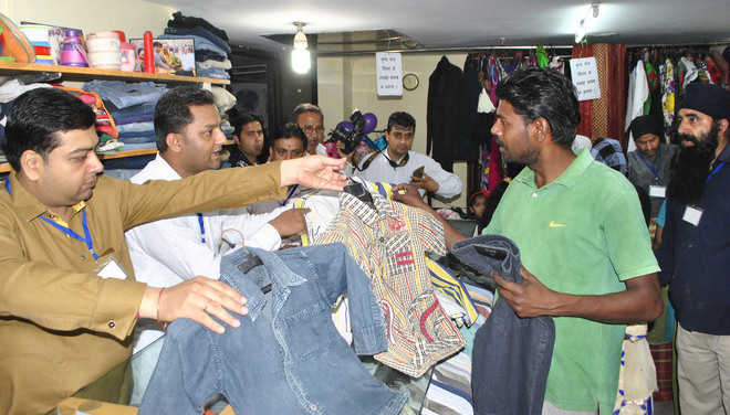 Philanthropists sell used clothes at Rs 13 to poor
