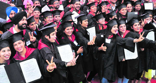 715 get degrees at Multani Mal Modi College