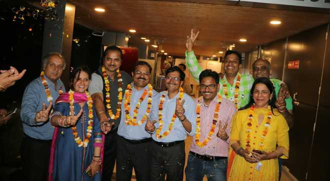 Rana re-elected Press Club chief
