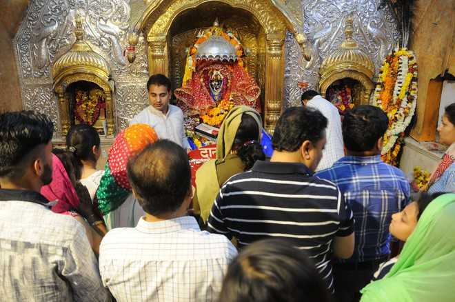 Devotees throng Bawe, Chichi Devi temples