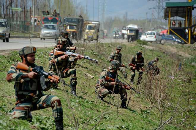 Militants ambush Army convoy; 3 jawans injured