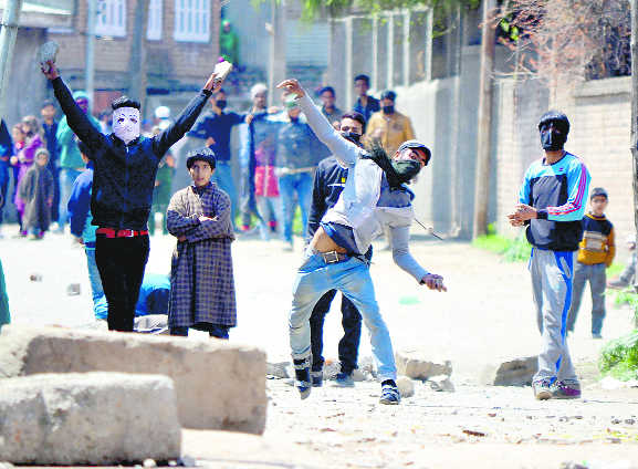 Script to unlearn Kashmir begins with sad lessons