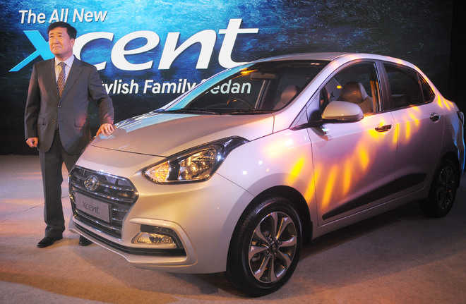 Hyundai rolls out new Xcent at Rs 5.38 lakh