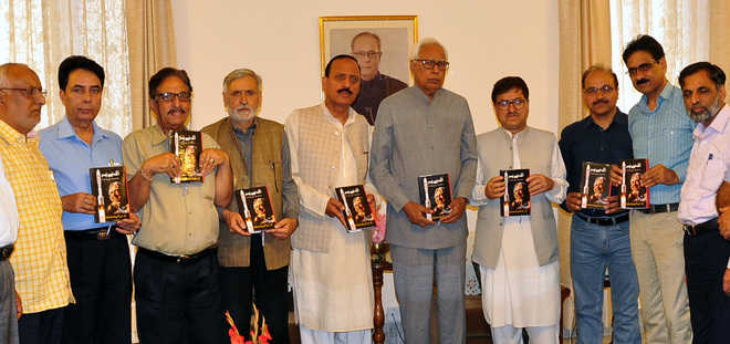 Guv releases Kalam's 'Wings of Fire' in Pahari