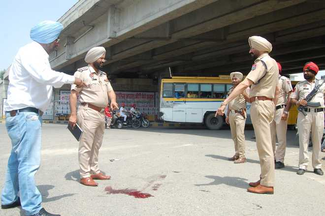 Gounder, aides kill 3 of rival gang in Gurdaspur