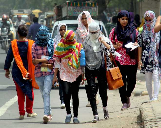 Temperature to fall by 2-3°C over next few days, says IMD