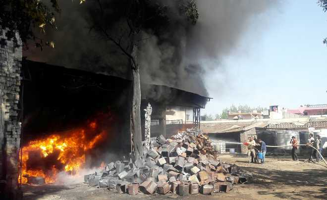 Fire engulfs resin factory