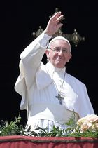 Pope Francis waves to the crowd after the 'Urbi et Orbi' blessing for Rome and the world from the central loggia of St Peters basilica following the Easter Sunday mass on April 16, 2017 at St Peters square in Vatican. Christians around the world are marking the Holy Week, commemorating the crucifixion of Jesus Christ, leading up to his resurrection on Easter. AFP photo