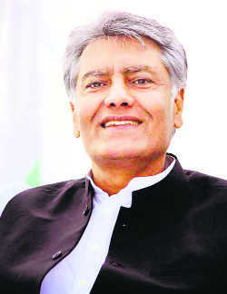 Jakhar appeals, Punjab farmers not to commit suicides