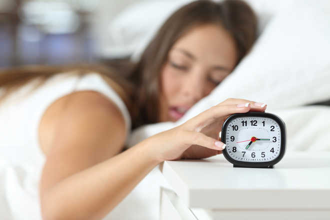 Lonely teens may have troubled sleep: study