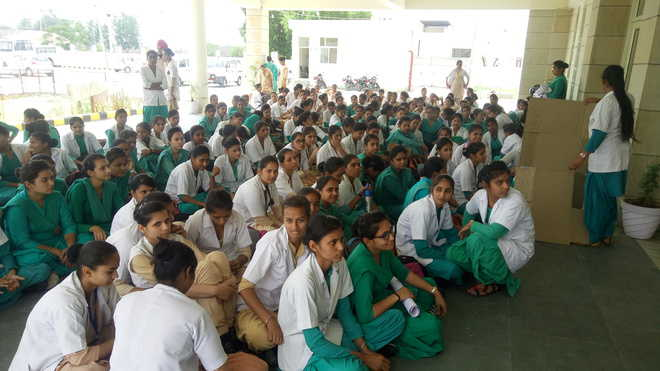 Nursing students adamant on principal's ouster; protest on