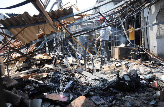 Goods worth Rs 1 crore destroyed in fire