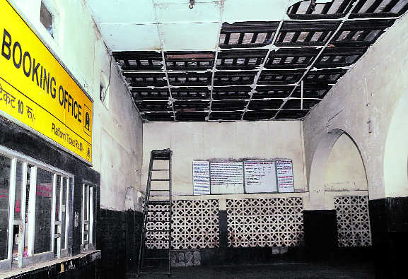 City rly station's poor show in sanitation
