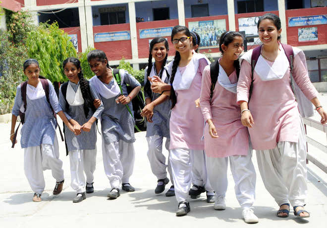 Timings of schools changed, private schools don't follow suit