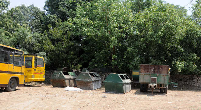 Three garbage bins at Sector 46 shifted from roadshow route