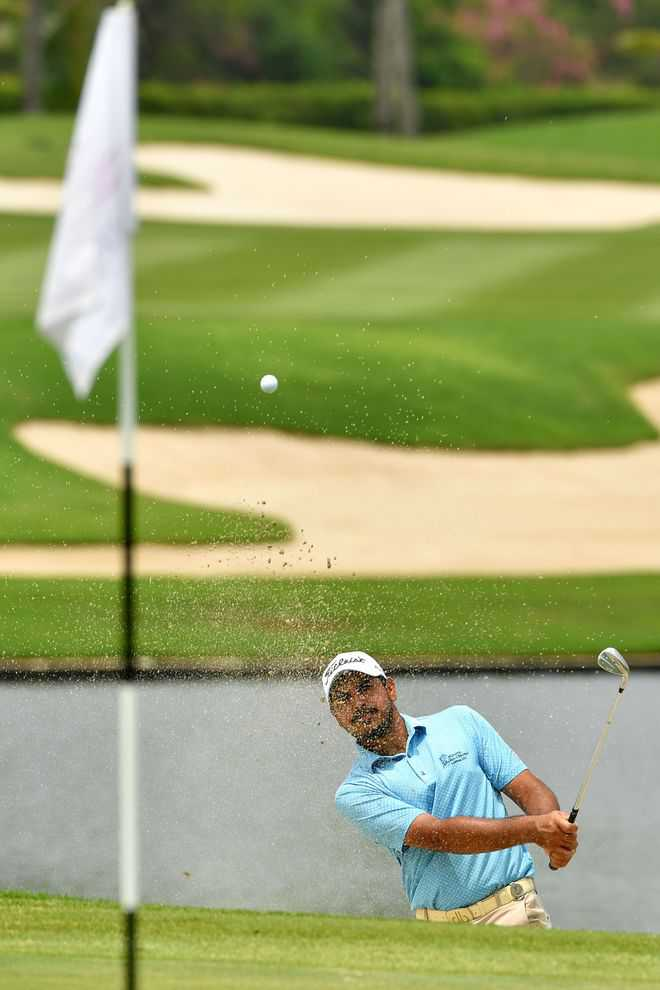 Bhullar stays in contention for title at Thai Open
