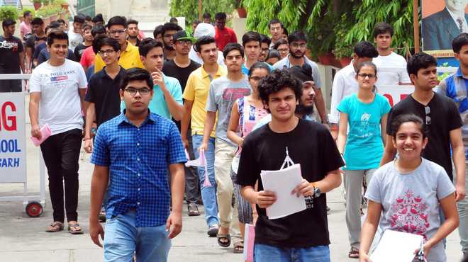 1,600 take JEE (Advanced) at four centres in city