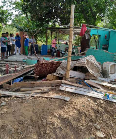 Encroachments razed at Sector 38