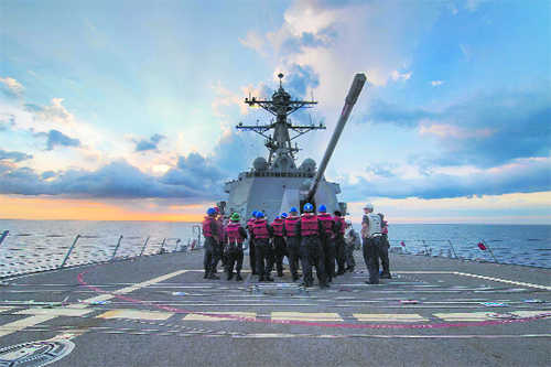 US sends warship in South China Sea, Beijing alarmed