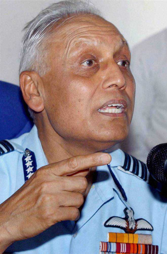 Ex-IAF chief can't leave country: HC