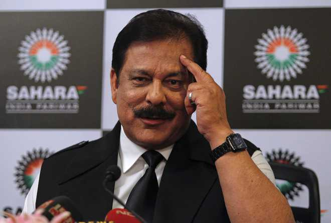 SC grants Sahara chief Subrata Roy 10 more days to deposit Rs 709.82 cr