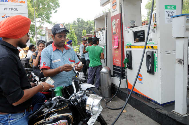 Daily change in fuel prices baffles residents