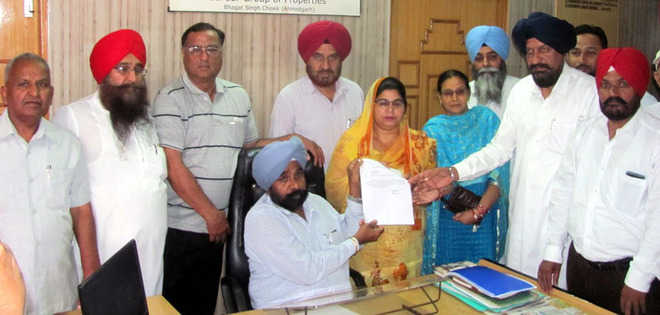 Chief of Ahmedgarh MC council resigns