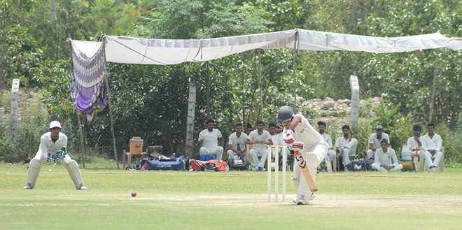 Talvinder's ton helps Chandigarh gain commanding position