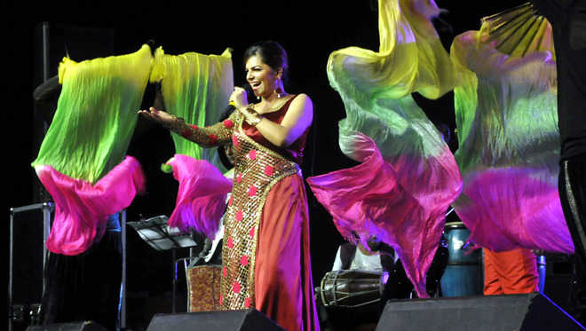 Morning ragas lend high note to Music Day