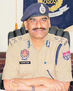 Commissioner sends ACP-Crime on leave