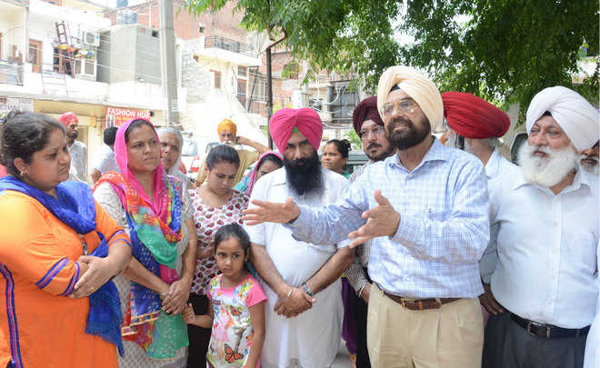 AAP backs residents of Danga Peerit Colony