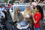 Volunteers come out to manage traffic in city