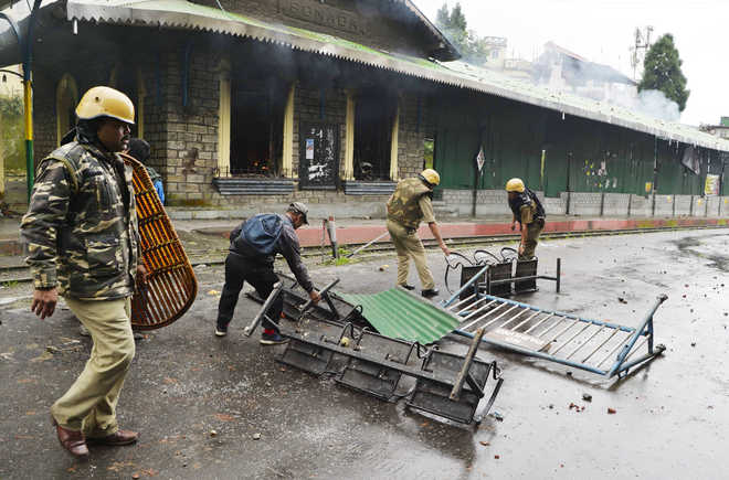 Darjeeling stir: Arson after youth's death, Army redeployed