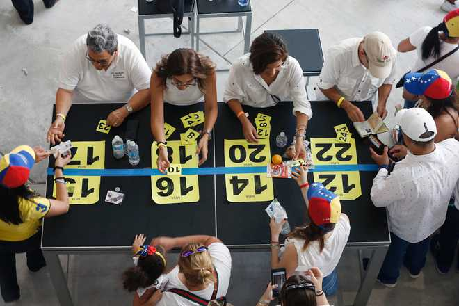 7.1 million Venezuelans vote in Opposition referendum