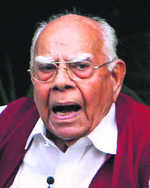 Jethmalani quits as Kejriwal's counsel in defamation case filed by Jaitley