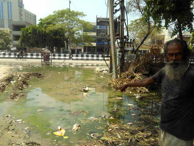 Dirty water, garbage a nuisance for residents