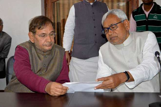 Nitish Kumar sacks Sharad Yadav as JD-U's Rajya Sabha leader