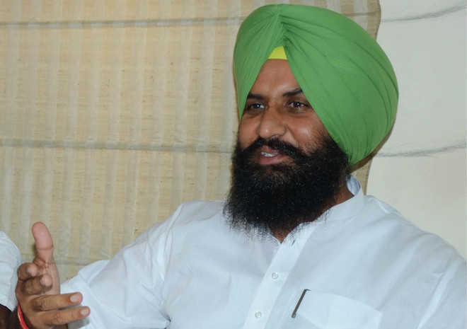 Bains accuses pvt player of encroaching on MC land