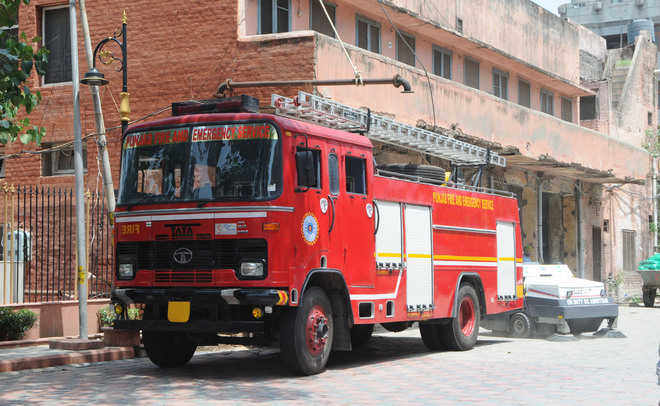 No space for fire tender parking