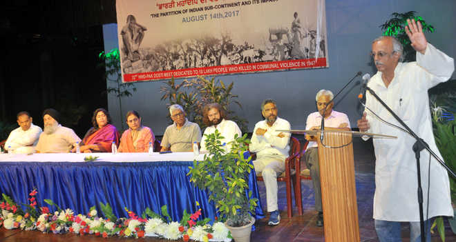 Intellectuals dwell on impact of Partition