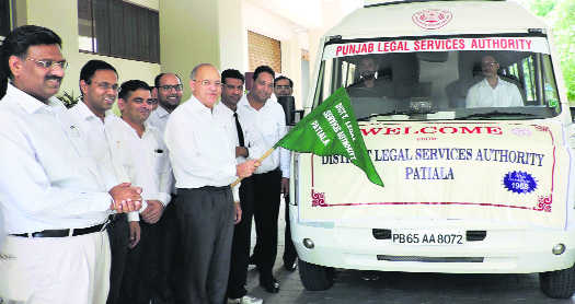 Vehicle flagged off to spread legal awareness