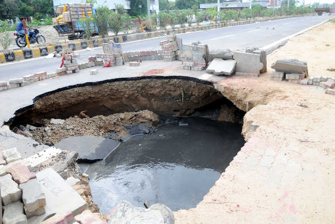 MC, AIT pass the buck as nullah road caves in