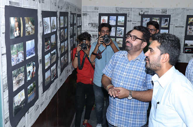 Various contests mark World Photography Day at KNC