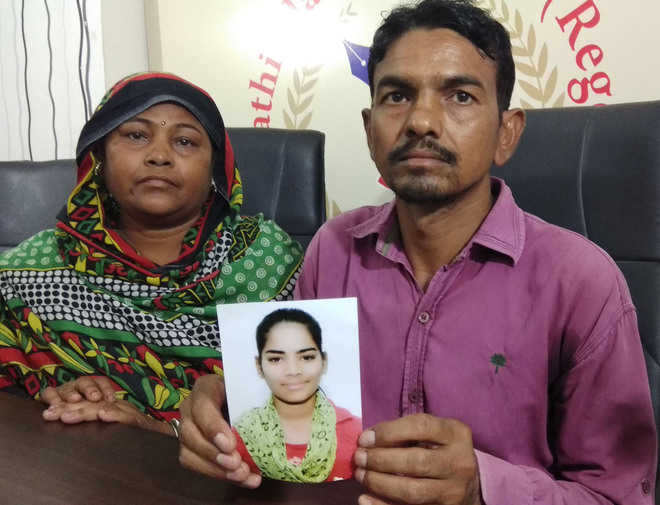 Parents of 16-yr-old missing girl accuse police of inaction
